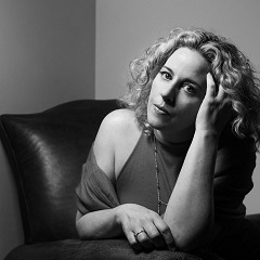 facebook.com/AmyHelmMusic/
